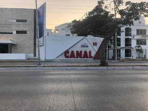 Edificio Comercial Y Local En Venta En Prolongación De Montejo
