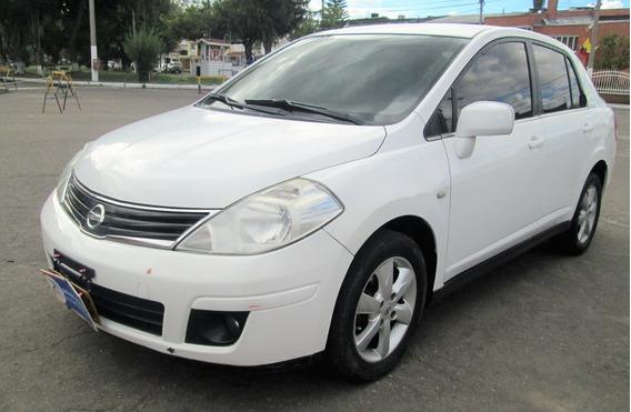 Nissan Tiida Confort Sedan Aut 2010