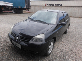 Renault Clio Sedan 1.6 16v Privilège Hi-flex 4p