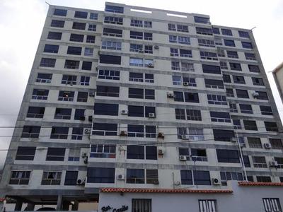 Apartamento En Venta Las Quince Letras La Guaira Edf 16-1896