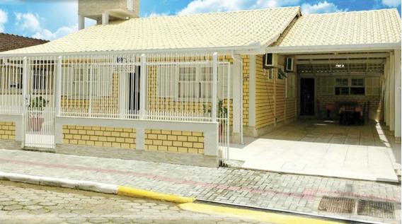 Linda E Confortável Casa Na Meia Praia!! - 1263