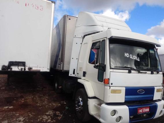 Ford Cargo 4331 2004 Cabine Leito