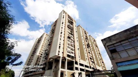 Apartamento En Venta Maracay Urb El Centro Cod 20-23560 Sh