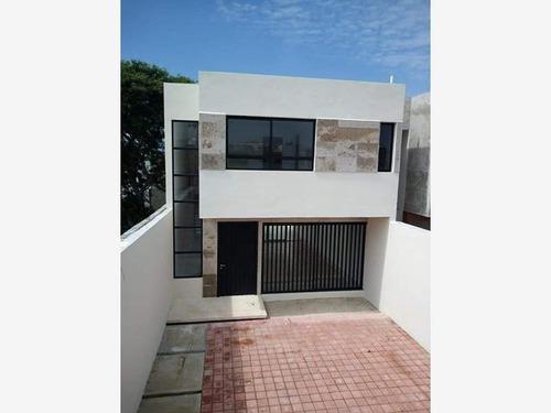 Imagen 1 de 5 de Casa Sola En Venta Fracc Bivalbo