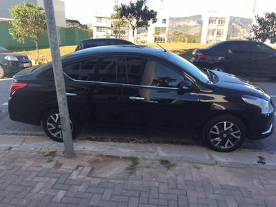 Nissan Versa Sl 1.6 16v 2017