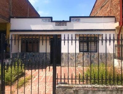 Casa En Union De Vivienda Popular