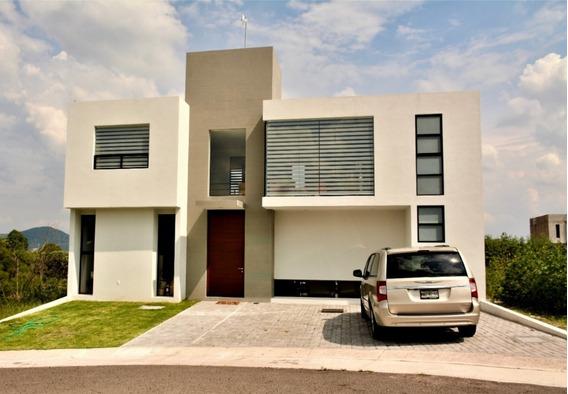 Oportunidad De Hermosa Casa En Privada Grand Juriquilla ,seguridad 24 Hrs