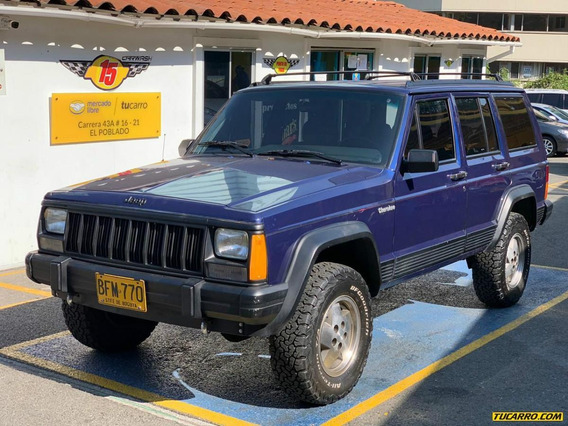 Jeep Cherokee Laredo At 4000 4x4