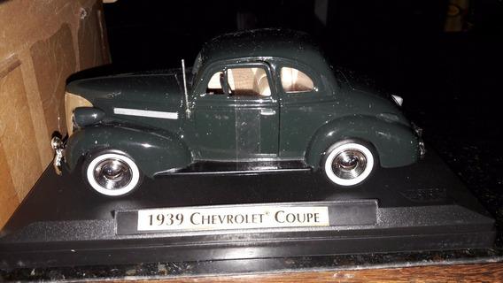 Miniatura De Veículo 1939 Chevrolet Coupe
