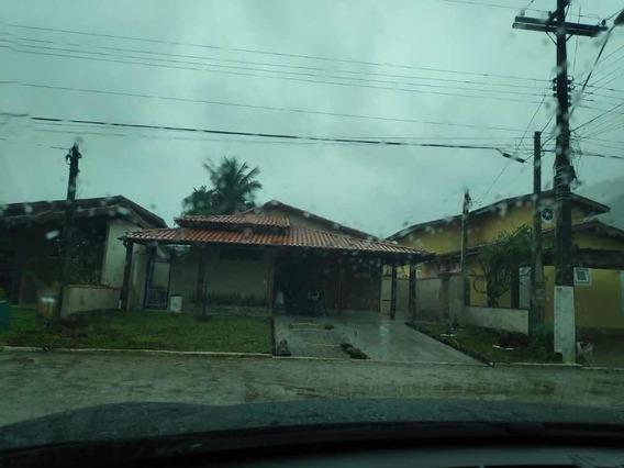 Linda Casa Em Ubatuba ,3 Quartos Sendo Dois Suítes ..