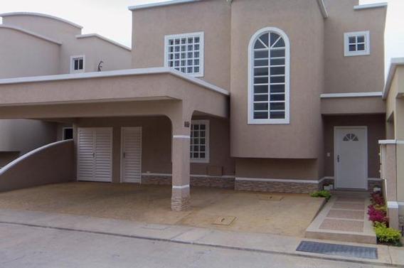 Casa En Venta En Ciudad Roca Barquisimeto Rahco