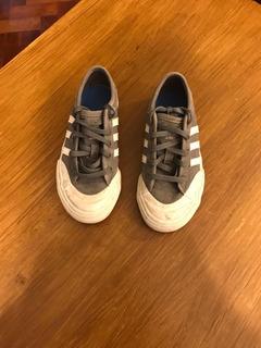 Zapatillas Urbanas adidas Original,cómo Nuevas. Muy Poco Uso