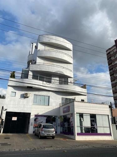 Sala Comercial No Centro Com 0 Quartos Para Venda, 42 M² - Lg8023