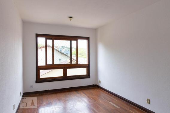 Apartamento No 3º Andar Com 2 Dormitórios E 1 Garagem - Id: 892984658 - 284658