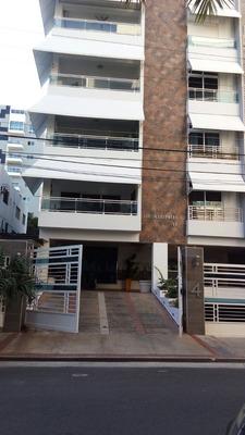 Apartamento De 4 Habitaciones En La Julia Con Linea Blanca