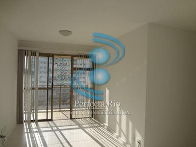 Apartamento,2 Qtos, Condomínio Fechado, Total Infraestrura