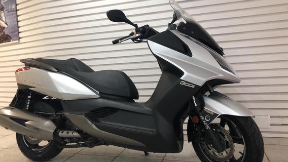 Scooter Downtown 300i Prata 2019 ( 700km )