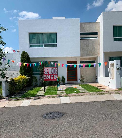 Casa De 3 Recámaras Vestidor 2.5 Baños Cocina Integral