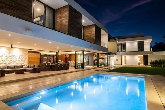 Residencia En Venta En Lujosa Y Exclusiva Privada - Luxury Property-fraccionamiento Montebello