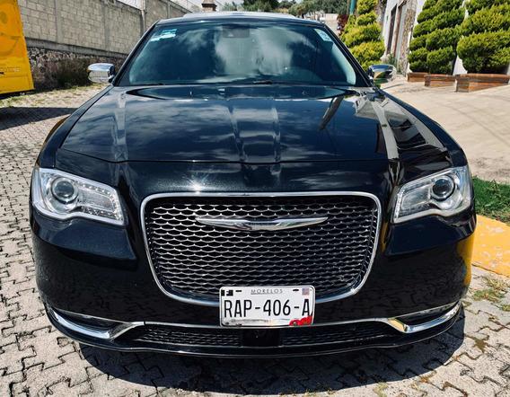 Chrysler 300 Luxury V6