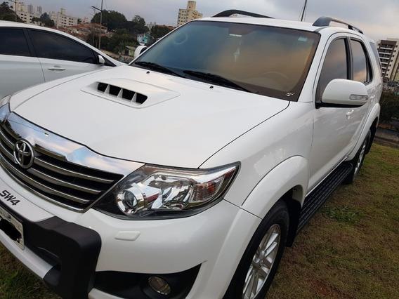 Toyota Hilux Sw4 3.0 Srv 4x4 Aut. Diesel * Oportunidade *