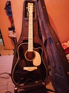 Guitarra Electroacústica Marca Esteban Con Su Amplificador