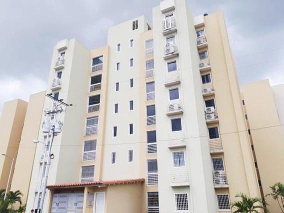 Apartamento En Venta Villas Geica Maracay 20-20811 Hcc