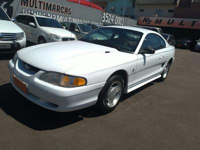 Ford Mustang 3.8 V-6 2p 1995 Impecável