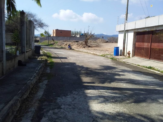 Venta De Terreno En Bosques De La Lagunita. Gc 04142652589