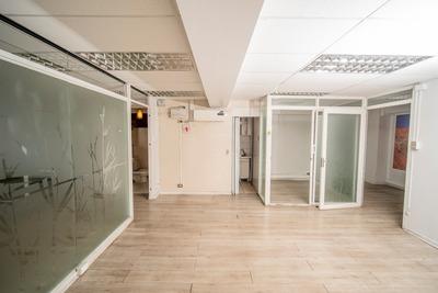 Linda Y Amplia Oficina En Edificio Finanzas