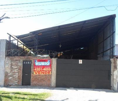 Casa Con Terreno En Dock Sud, Nuñez 2300.