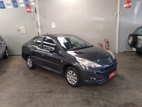 Peugeot 207 2010/2010 1.4 Xr Passion Sport 8v Flex 4p Manual