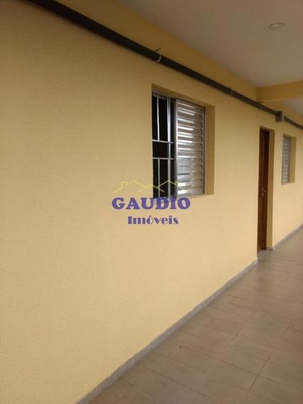 Linda Casa- 38 M²- Excelente Localização - 605