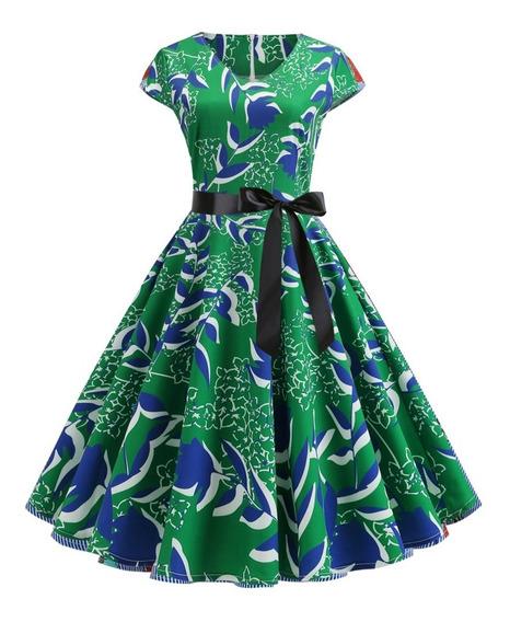 Vestido Vintage Con Estampado Floral Y De Estrellas.