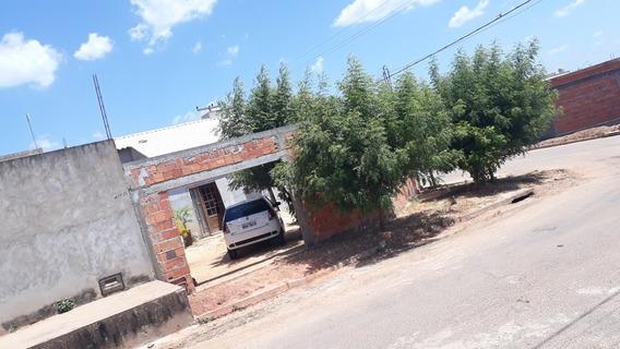 Casa No Colina Park Com 1 Suíte, 2 Quartos E 3 Banheiros.