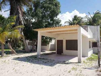 Acogedora Casa Ubicada En Telchac Puerto