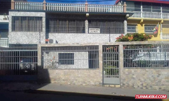 Casas En Venta Playa Grande 18-15282 Rah Samanes