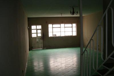 Casa Amplia Zona Centro Medico Oblatos Trato Directo