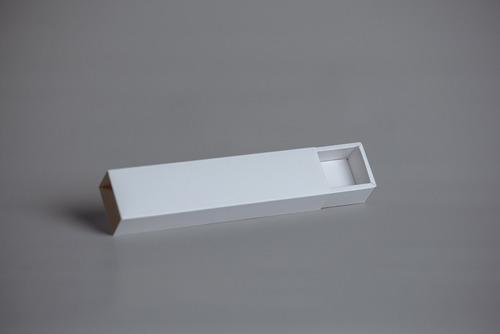 Imagen 1 de 10 de Caja Fosforera Rectangular Alargada Angosta 22 X 4,5 X 3,5 Cm (x 50 U.) +/- 9 Bombones Chocolates Accesorios - Bauletto