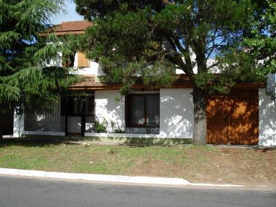 Tucuman 2121 Casa Cuatro Ambientes C/ Entrada Para Dos Autos