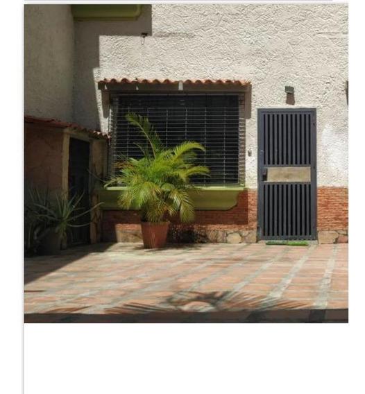 04144006108 Venta De Casa En Urbanización Valles De Camoruco