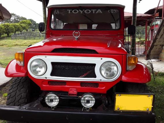 Toyota Land Cruiser 4whefl Drive