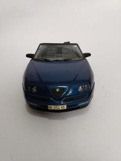 Miniatura - Alfa Romeo Spider Escala: 1/18 - Azul