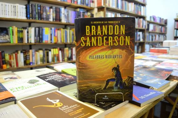 Palabras Radiantes. Brandon Sanderson.