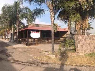 Local Comercial En Renta En Villas De Irapuato, Irapuato, Guanajuato