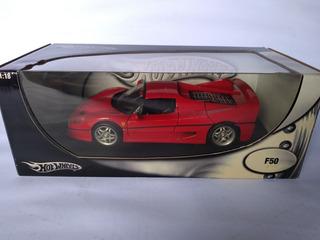 Miniatura Ferrari F50 Hot Wheels 1/18 Vermelha.