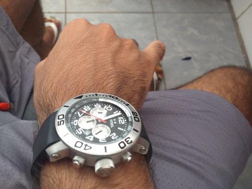 Relógio Tw Steel Mod. Tw72 Pulseira De Borracha (usado)