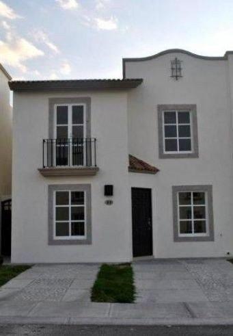Casa En Renta En Cond. Livorno, Juriquilla Santa Fe ***