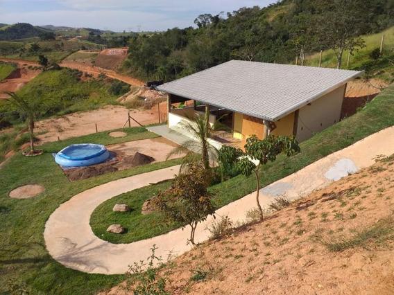 Linda Chácara Á Venda Na Vila Varadouros, Imóvel Novo, Local Tranquilo, Com Contato Com A Natureza, Próximo Ao Rio Paraíba - Ch0115