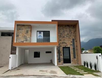 Casa En Venta Carretera Nacional Amorada Santiago Nl